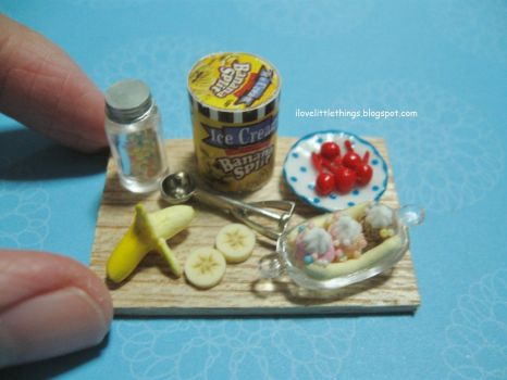 dollhouse_miniature_banana_split_ice_cream_by_ilovelittlethings-d6o1zeb