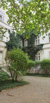 Wiener Innenhof 4