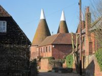 The Mill Oast & Barn Oast, Mill Place Farm, Symonds Lane, Yalding, Kent.  Photo by Oast House Archive