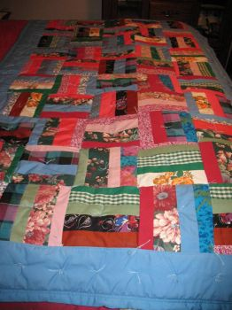 Love made this Quilt(Thanks Mom)