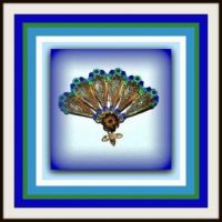 Beautiful Vintage Fan Brooch