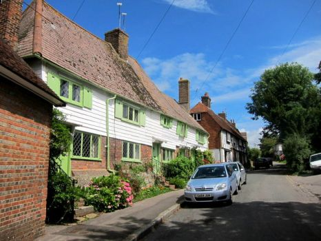 Fair Lane, Robertsbridge, East Sussex.  Photo by Oast House Archive