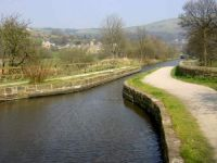 A cruise along the Huddersfield Narrow Canal (269)