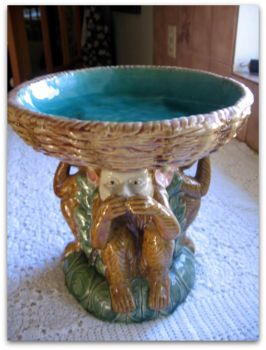 Majolica style Plant stand