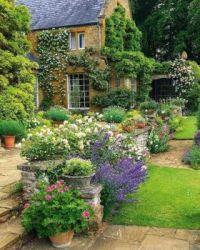 Pěkná zahrada...