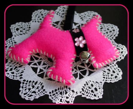 Pinknblack Scottie for the Christmas Tree