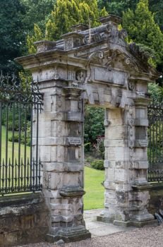 Wentworth Woodhouse: The Chapel Gate,England   4138