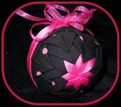 A beautiful Pinknblack OrnamentsFromHome@Esty