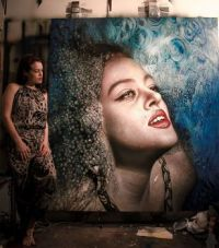 Realistic Paintings - Woman