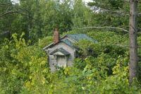 Little old building near Mellen, Wisconsin.