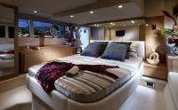 Yacht-bed-room.