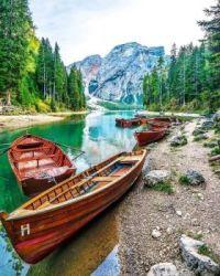 Lake Braies -Italian Dolomites   6058