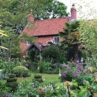 Domek s pěknou zahradou...