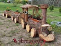 "Themes ""Yard Art"""
