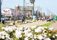 ENJOY THE GOLDEN MILE GREAT YARMOUTH SEAFRONT