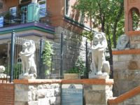 VACATION-Lion Figures Guarding Molly Brown's House