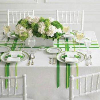 Green & white party table