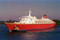 Premier Cruises' OCEANIC at Nassau 1998