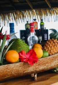 Beachside Bar in Tahiti