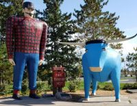 Paul Bunyan and Babe the Blue Ox small