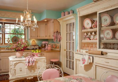 Solve cucina-shabby-chic-colorata jigsaw puzzle online with 70 pieces