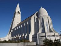 powerful architecture!  Hallgrimskirkja Cathedral - Reykjavik, Iceland (1945-1986)