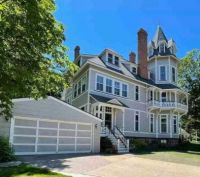 Victorian House in Michigan