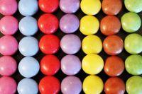 smarties_colorful_color_kunterbunt_sweetness_lenses_chocolate_lentils_sweet-680077