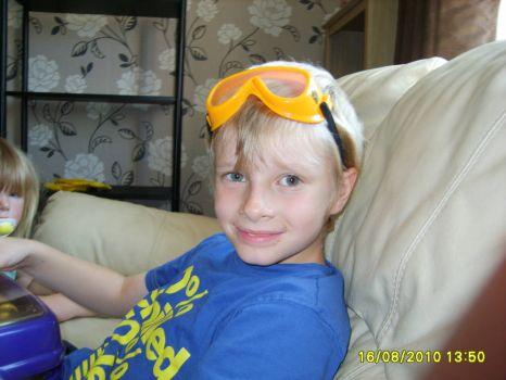 Yello goggles