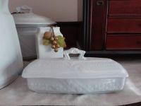 White Ironstone basketweave with band razor box