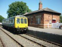 M55005 at Shenton.