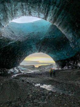 Breiðamerkurjökull Lightroom Ice Cave