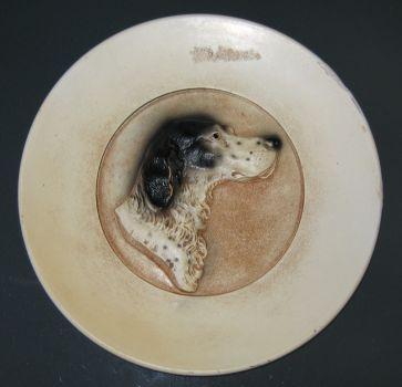 round dog plate