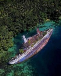 WORLD DISCOVERER shipwreck