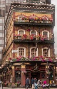 The Albert, 52 Victoria Street, Victoria, London, England