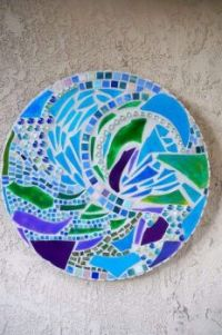 "Themes ""Kaleidoscopes, mosaics, pretty abstract images"""