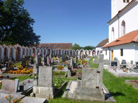 Kapličkový hřbitov Albrechtice nad Vltavou