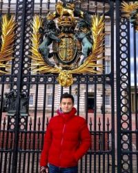 NEIGHBOURS - TAKAYA HONDA Visits BUCKINGHAM PALACE