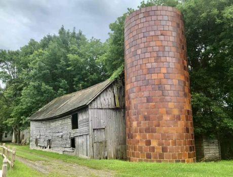 FT Ann NY Barn