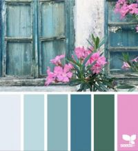 Shabby Blue With Dark Rose
