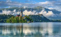 Slovenia-Lake-Scenery-Mountains-Lake-Bled-Nature-412283