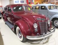 Chrysler Imperial C17 Airflow Sedan - 1937