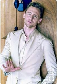 Tom modelo