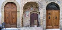 Doors of San Gimignano (large)