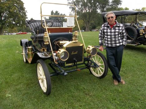 Maxwell 1914 and owner