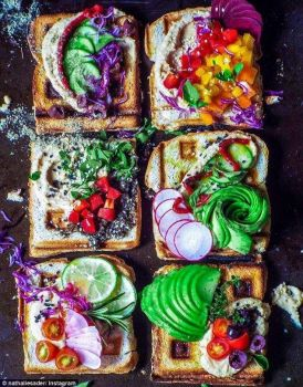 RAINBOW LUNCHES