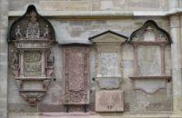 Stephansdom facade memorials, Vienna