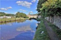 A cruise along the Huddersfield Narrow Canal (924)