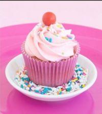 Strawberry Funfetti cupcske