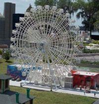 Lego farris wheel at Lego Land - Florida DSCN6906